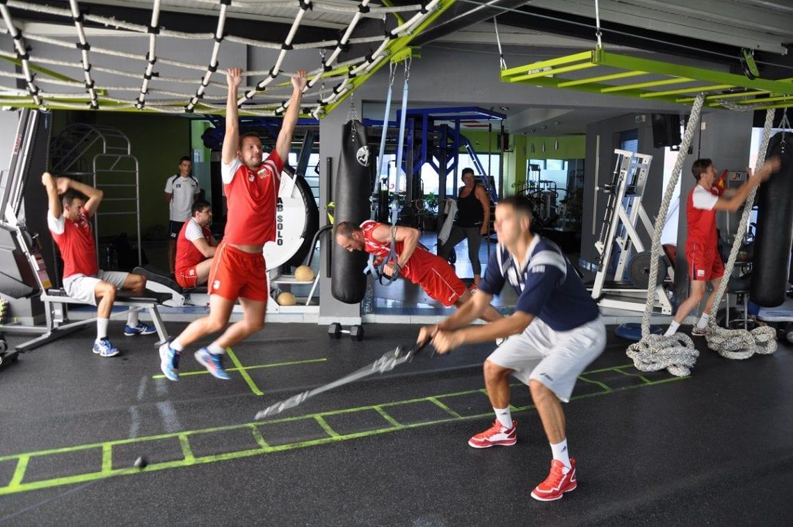 Тренировките с подрастващи спортисти в JK GYM Nautilus по системата JK Fit Motion